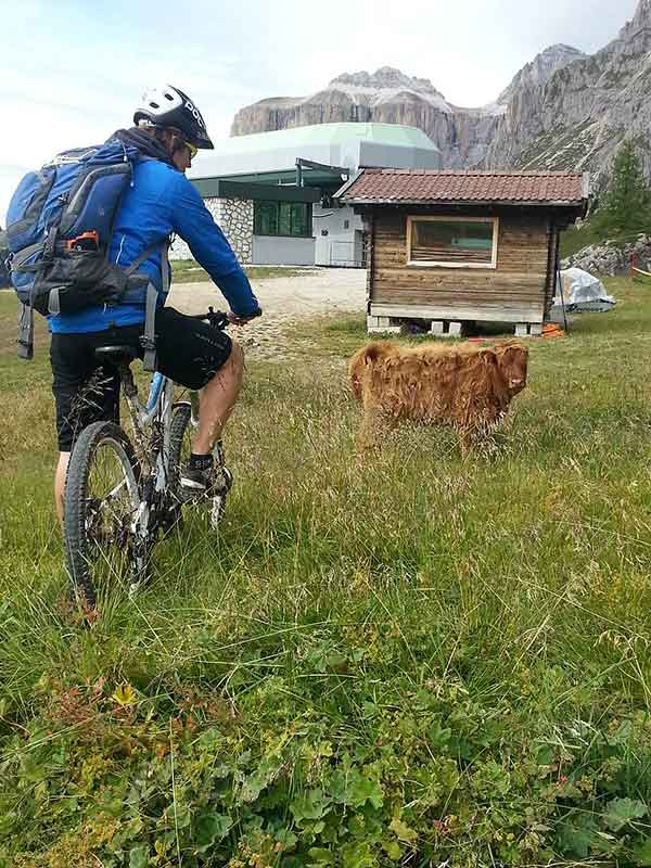 Incontri-ravvicinati-del-tipo-montani_Photo-Credit-Fassa-Bike.jpg