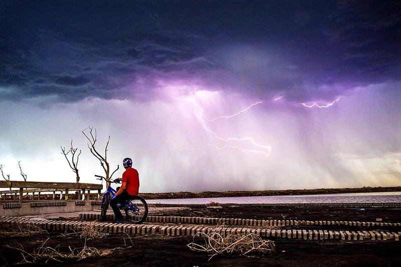 danny-macaskill-epecuen-lightning.jpg