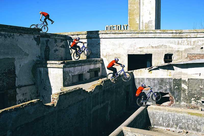 danny-macaskill-rooftop-epecuen.jpg