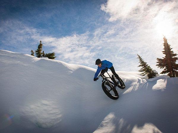 Brandon-Crichton-fat-bike-blizzard-600x450.jpg