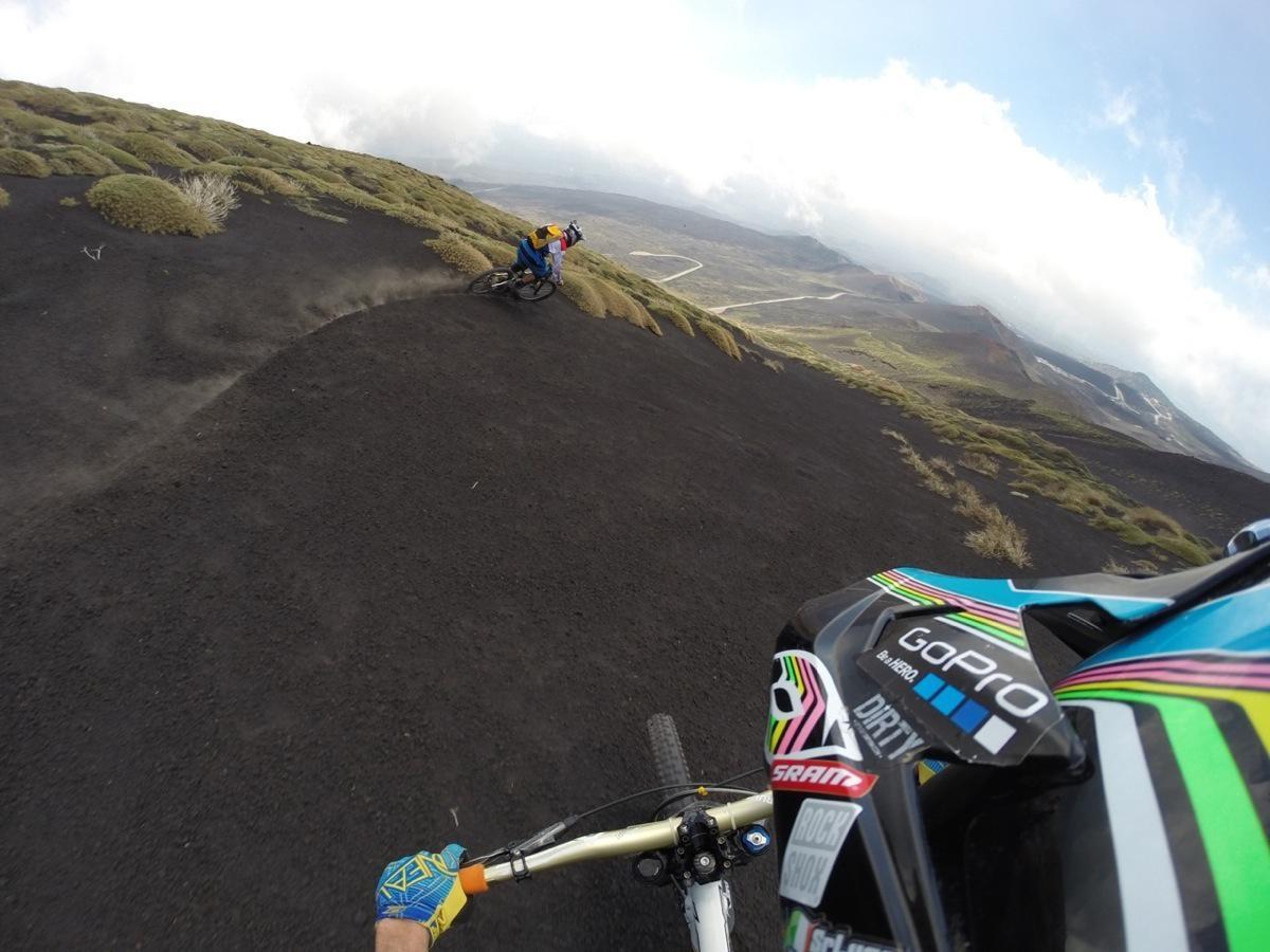 """Vi portiamo anche sui pendii di """"neve fresca"""" lavica del vulcano Etna"""