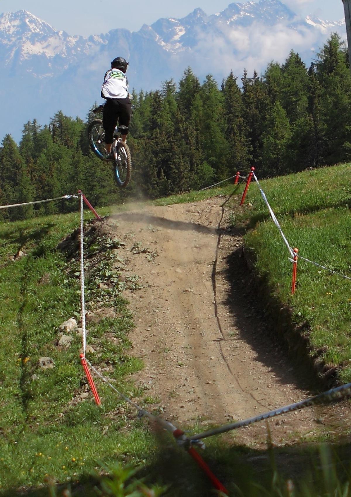 Photo-Credit-Andrea-Fatutta_Rider-Riccardo-Cattaneo_Archivio-Gravity-Zone-Demo-Tour-1.jpg