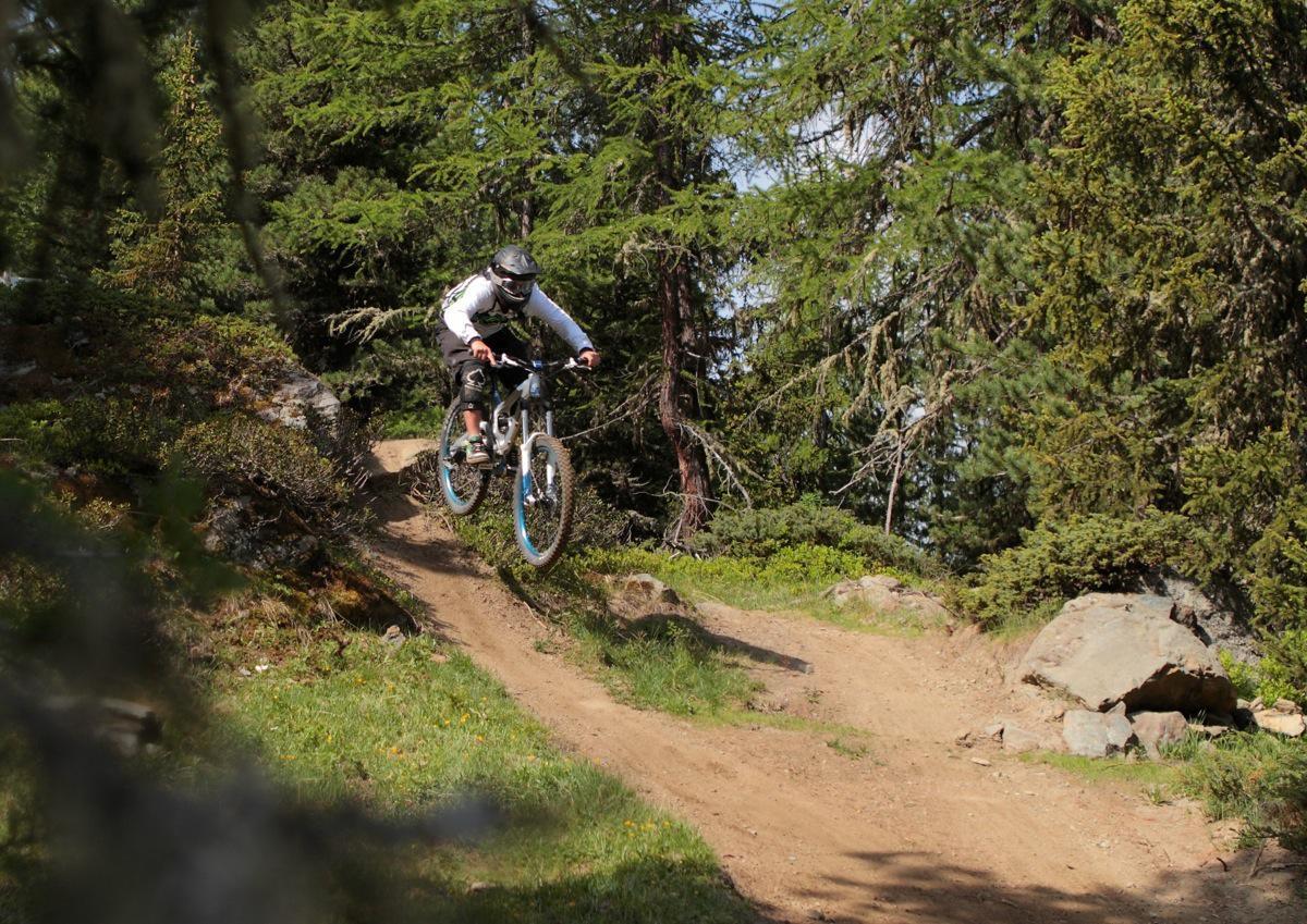 Photo-Credit-Andrea-Fatutta_Rider-Riccardo-Cattaneo_Archivio-Gravity-Zone-Demo-Tour-3.jpg