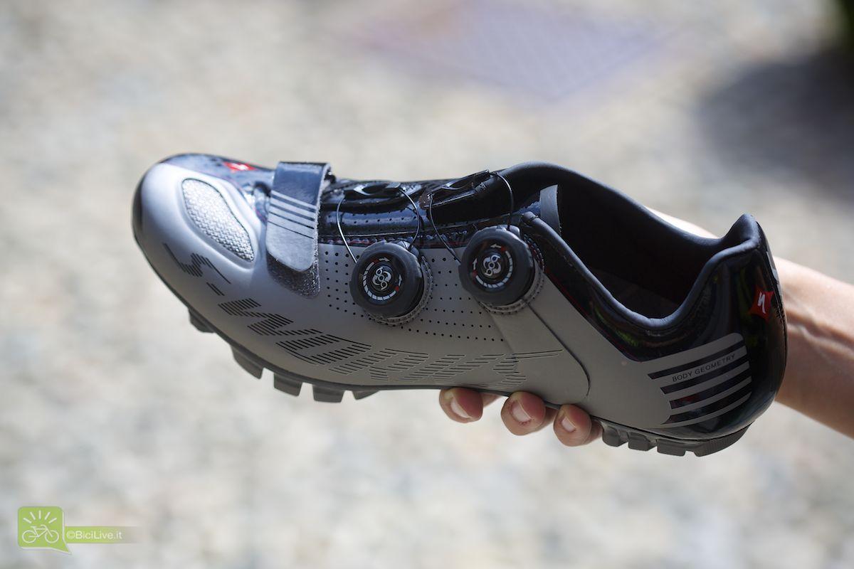 Nuova scarpa Specialized Mtb S-Works da donna realizzata su misura per i piedi delle donne