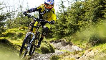 Rachel Atherton - Action