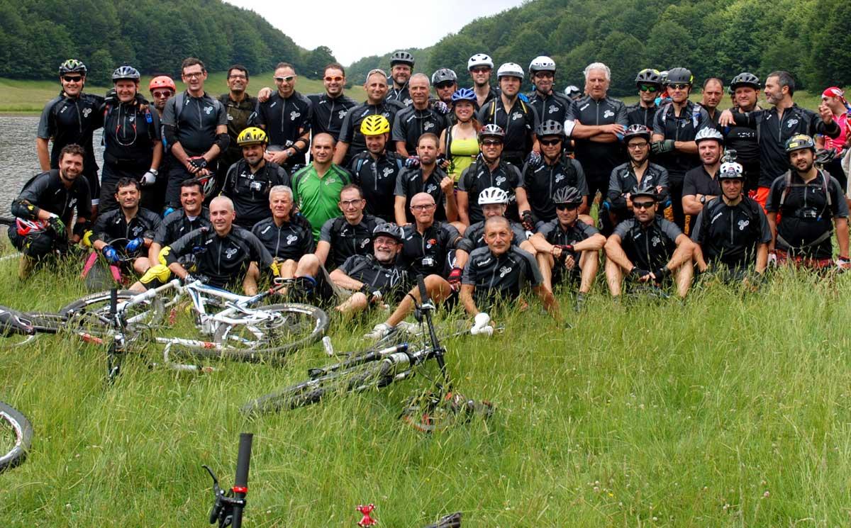 Foto di gruppo Carbonari Bikers Napoli