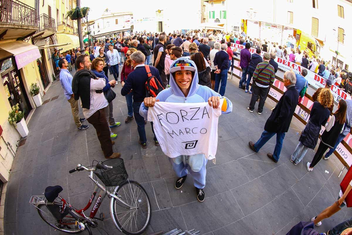 I fan di Marco Aurelio Fontana / Foto credit Alessandro Di Donato