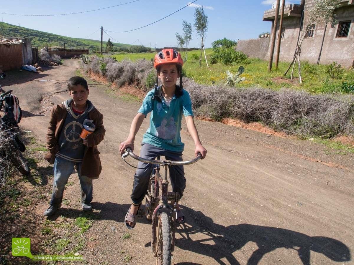 Il casco Mythic testato anche dai ragazzi marocchini!!!