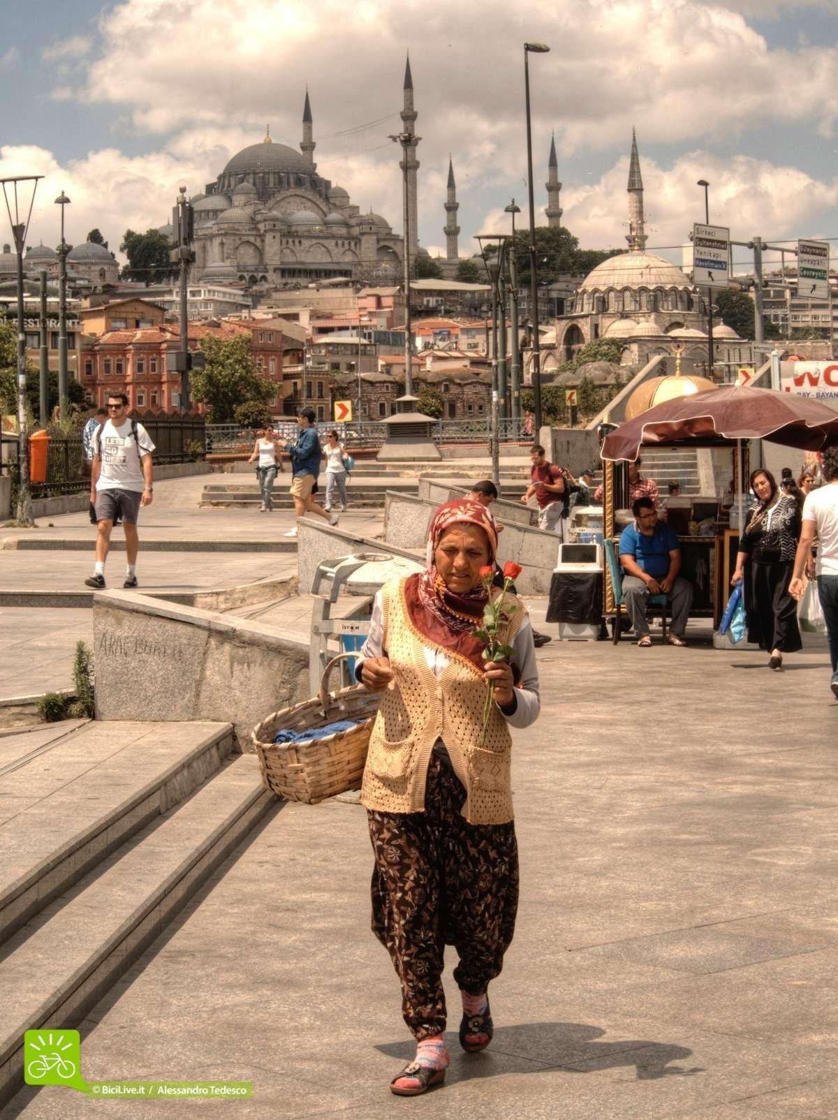 Un mtb tour in Turchia non si può fare senza visitare Istanbul.