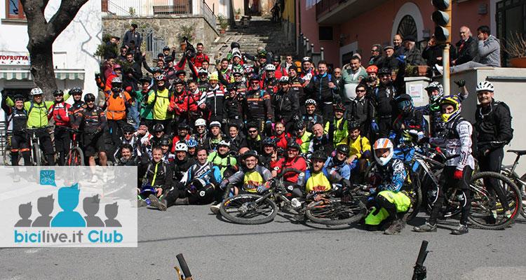 L'immagine raffigura il gruppo ASD Pinetini di Palinuro