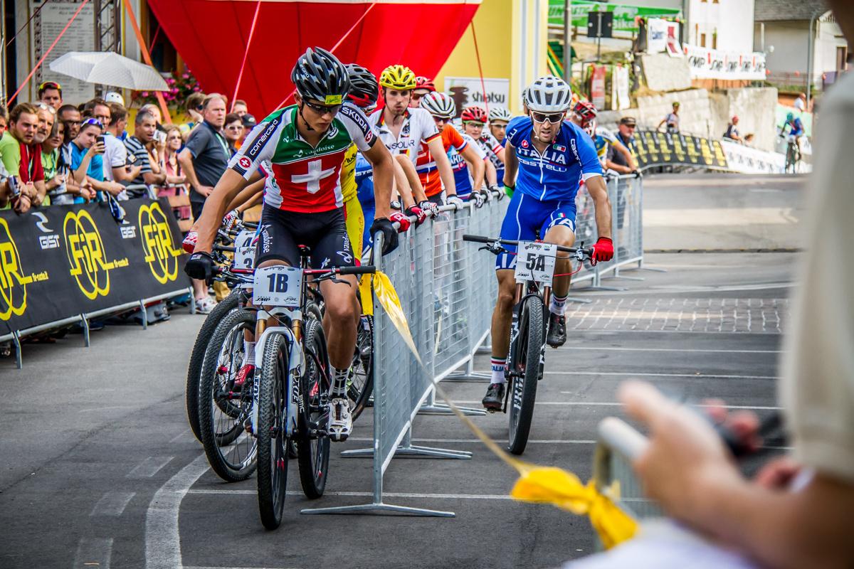 Andrea Tiberi della nazionale italiana XC in azione durante il Team Relay 2015