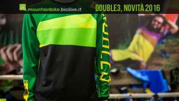 La jersey D3 Stronger modello Element