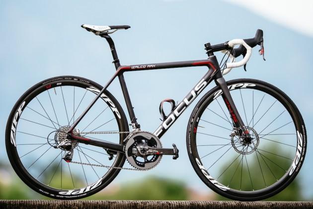 Una foto della bicicletta Focus Izalco Max Disc