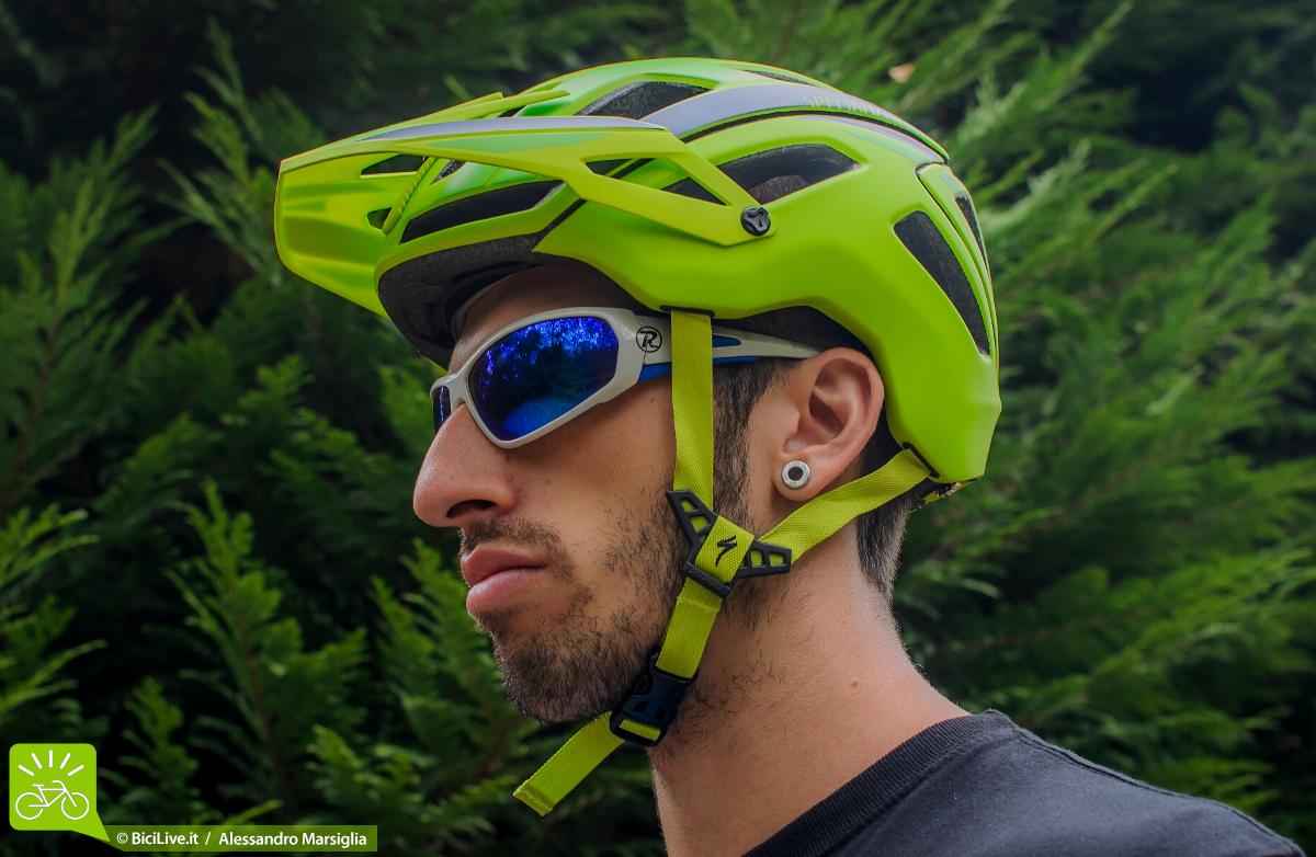 Specialized-casco-Ambush-test-4