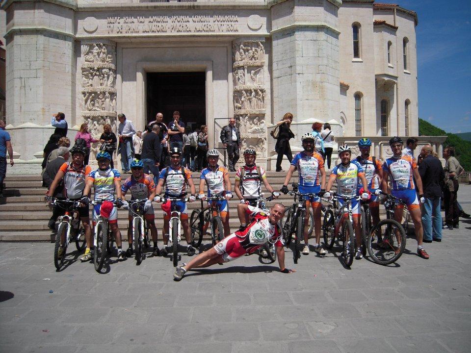 foto di gruppo a Cascia