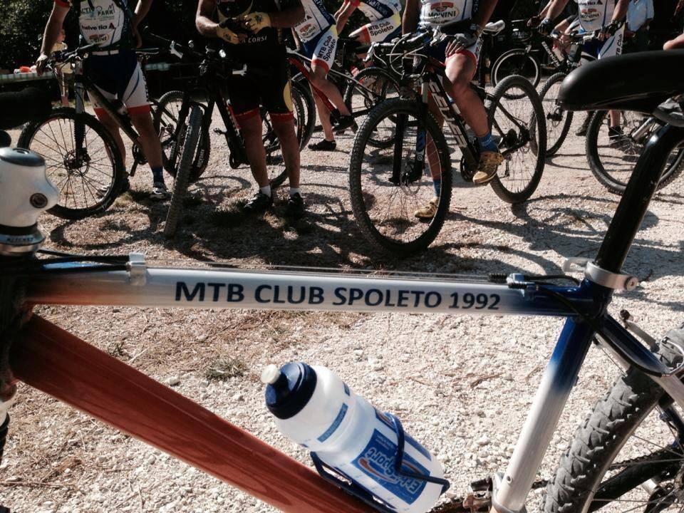 Il club mtb Spoleto nasce nel 1992 da un gruppo di appassionati