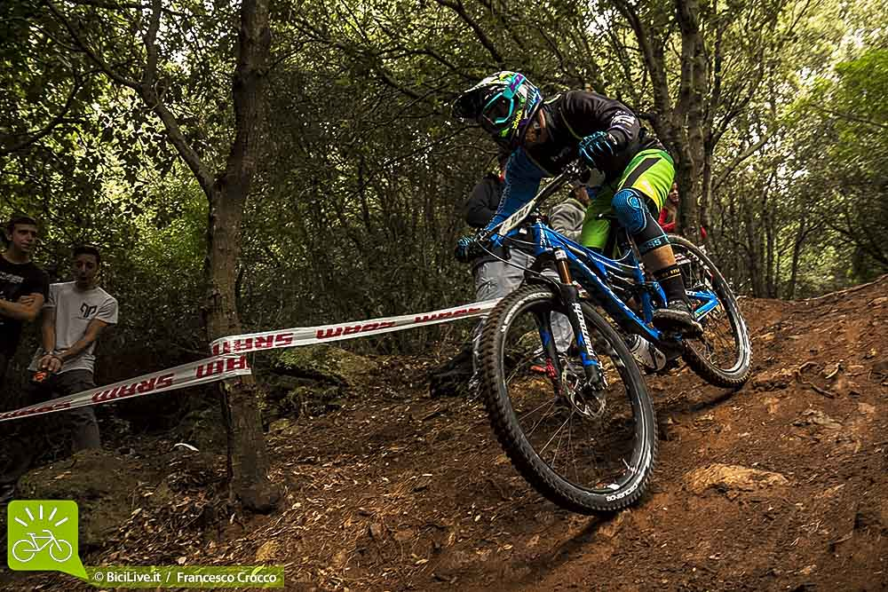 Denny Lupato in action sui trail di Finale Ligure