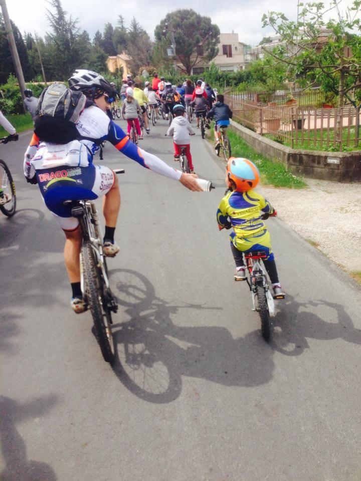 Uno degli eventi organizzati dal club mtb Spoleto è la Spoleto in Bici, aperto a tutta la famiglia.