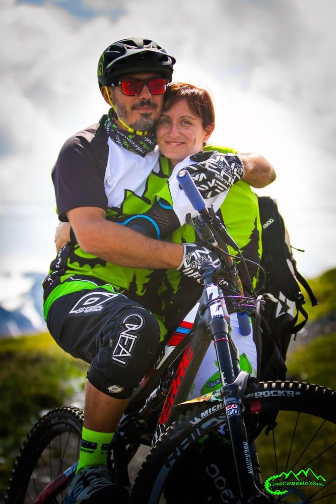 Fabio e Maura, una coppia simbolo del club mtb Valceresio Bike.