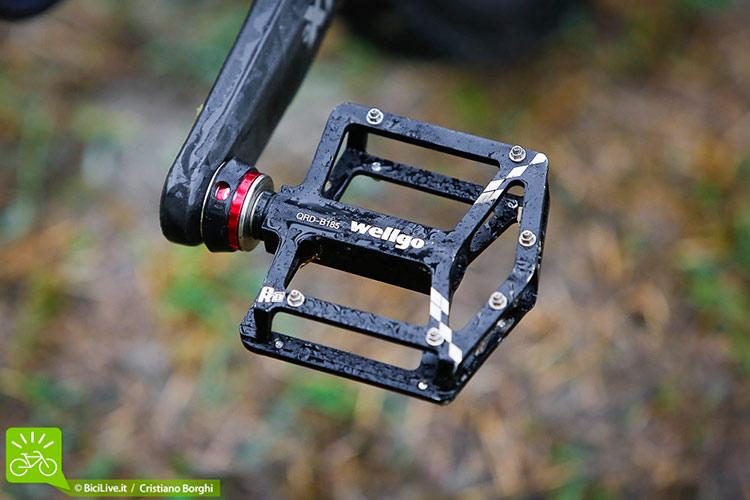I pedali Wellgo Quick Release hanno fornito un ottimo grip.