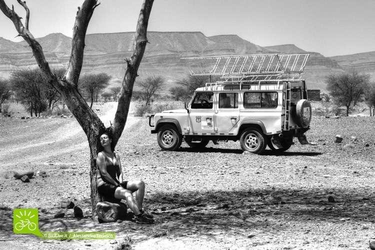 Un momento di relax durante il Coast2Coast Marocco Epic XC