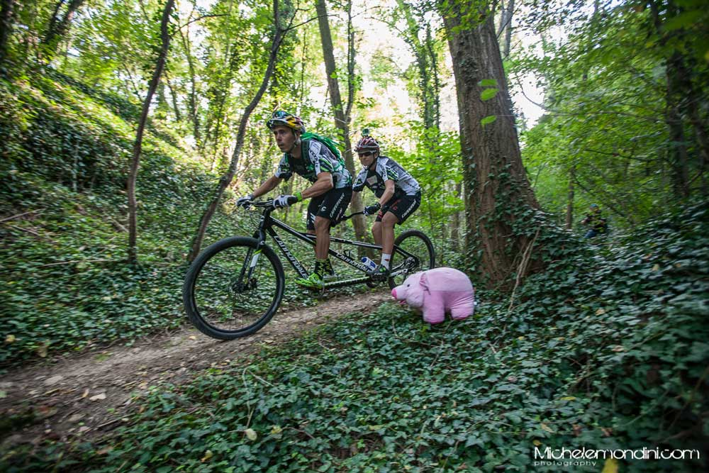 L'anno scorso si pedalava in tandem, quest'anno invece sarà una pedalata gravel.