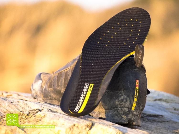La soletta Ergo Fit Ortholite© garantisce un adeguato comfort al piede.
