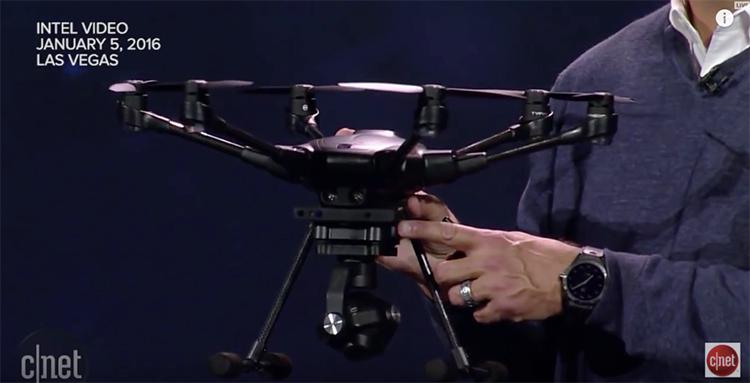 Immagine con primo piano del super drone di Intel