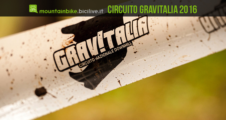 foto di uno striscione gravitalia