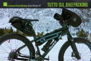 foto della fat bike di maurizio in assetto da viaggio
