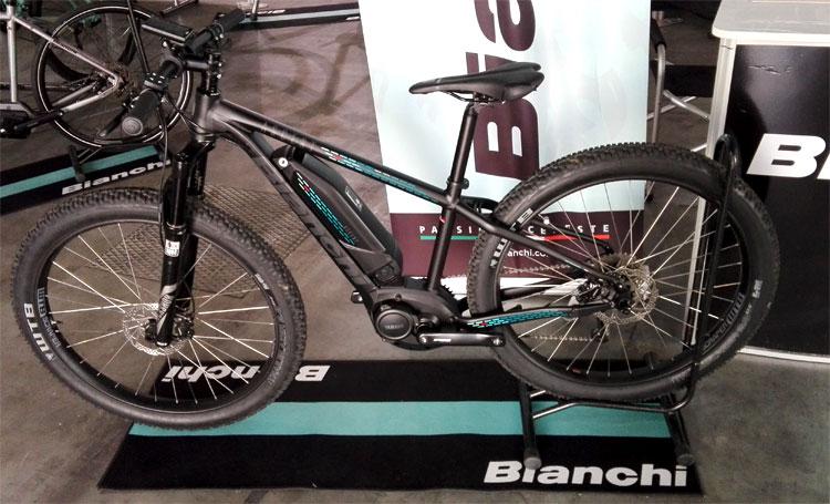 Una bicicletta elettrica Bianchi esposta al Promountain Bike Shop Test 2016 di Bolzano