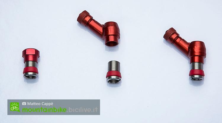 foto della valvola a due viedel sistema antiforatura mtb deaneasy aggiornato