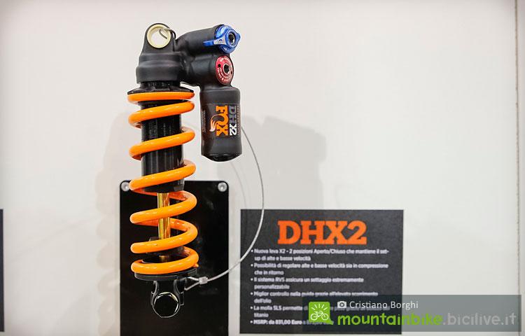foto dell ammortizzatore a molla Fox DHX2.