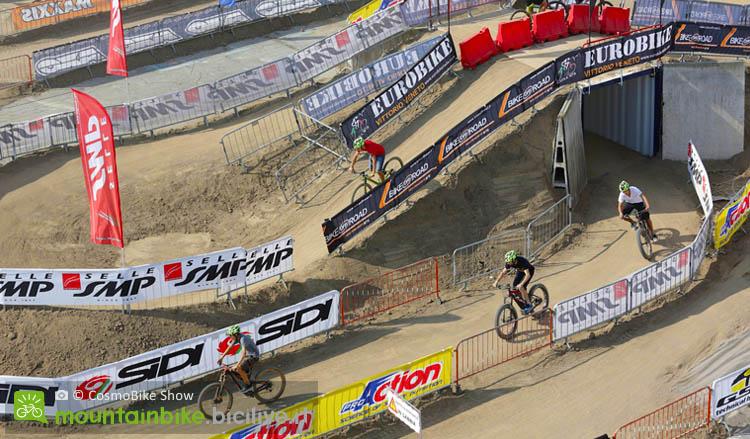 Area test bici a CosmoBike Show a Verona, test di tutti i tipi, test bici elettriche, ebike, fat bike, test mtb, test bici da strada e corsa, test gravel