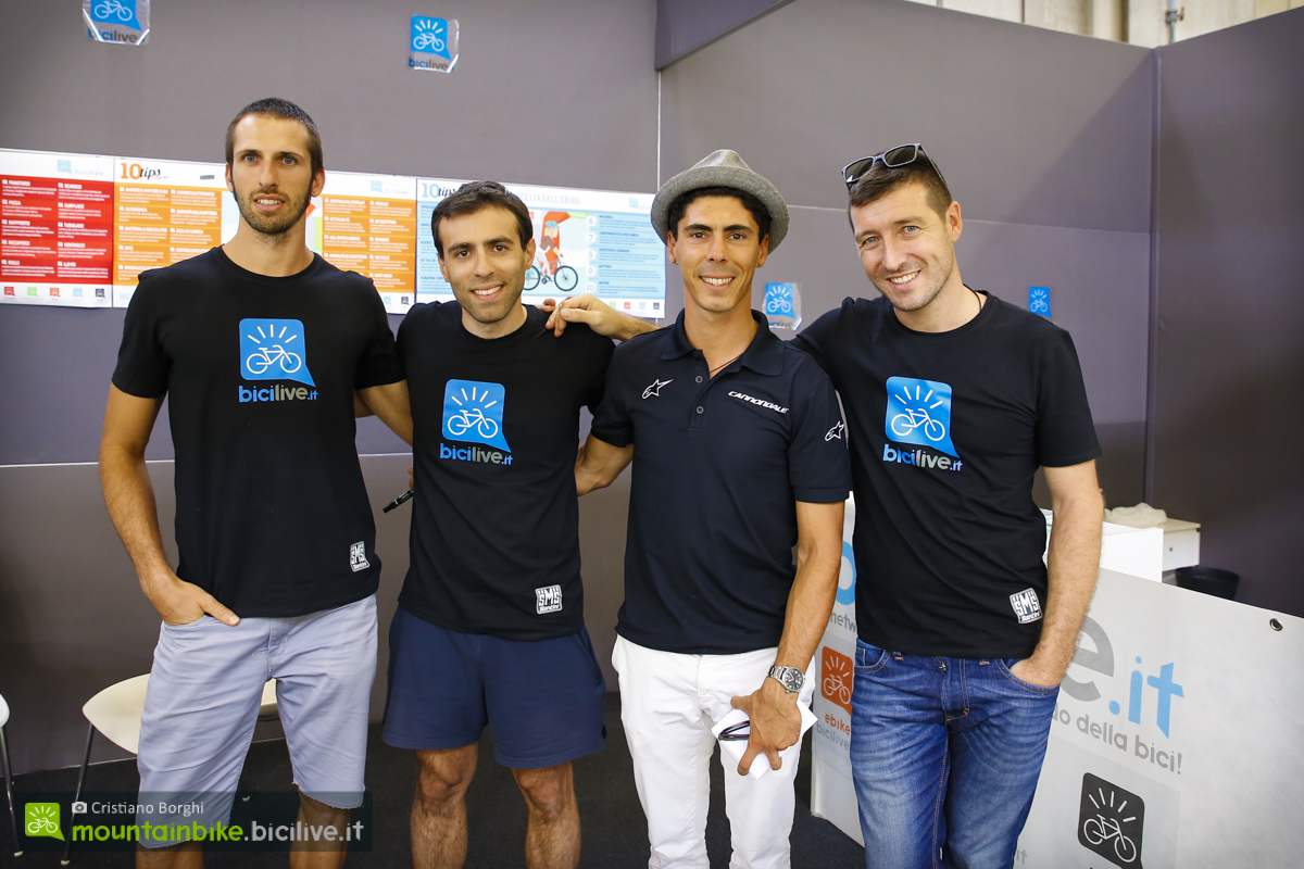 Marco Aurelio Fontana con lo staff di bicilive.it presente a CosmoBike Show 2016.
