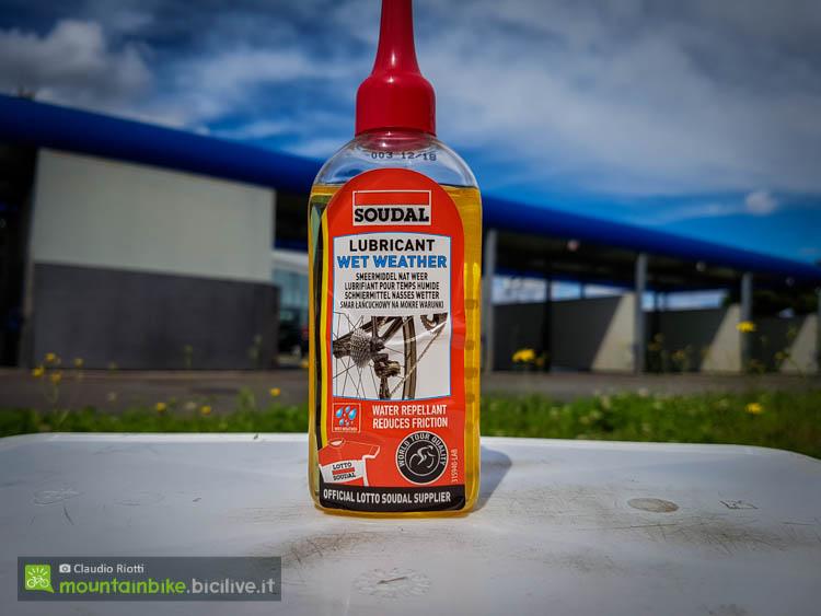 L'efficace lubrificante catena per condizioni umide