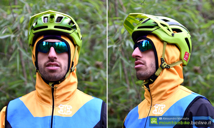ciclista indossa il cappuccio del gilet double 3 spirit