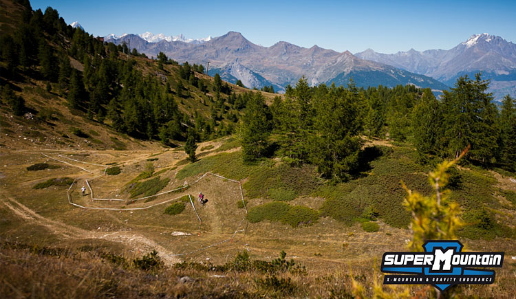 single track con panorama a Pila