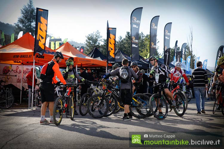 stand di aziende a bike shop test