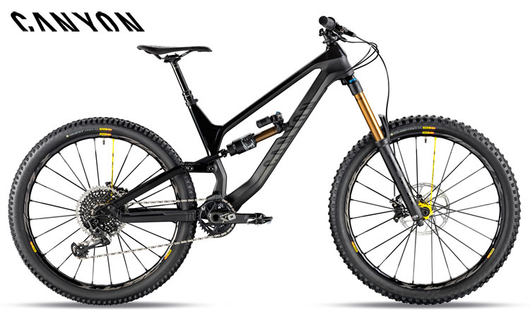 Una mountain bike Canyon Torque CF 9 Pro