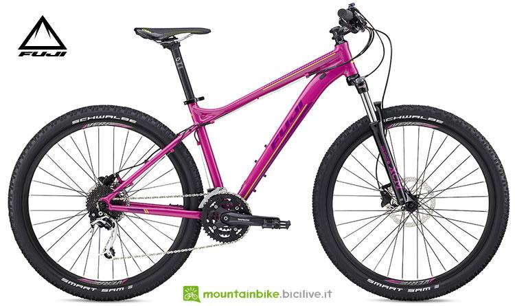 """Una mountain bike per rider di sesso femminile Fuji Addy 27.5"""" 1.3"""
