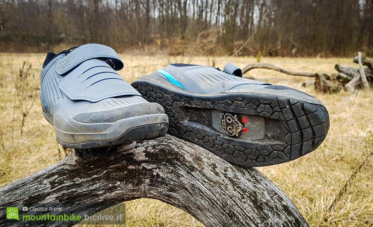 foto delle scarpe shimano zm9 viste da sotto