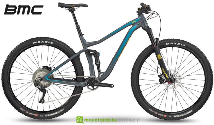 Una mountain bike biammortizzata BMC Speedfox 03