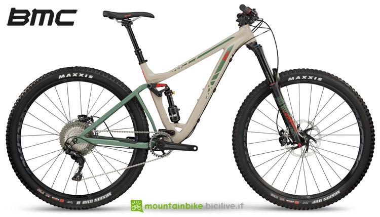 Una mountain bike BMC Trailfox 03 biammortizzata