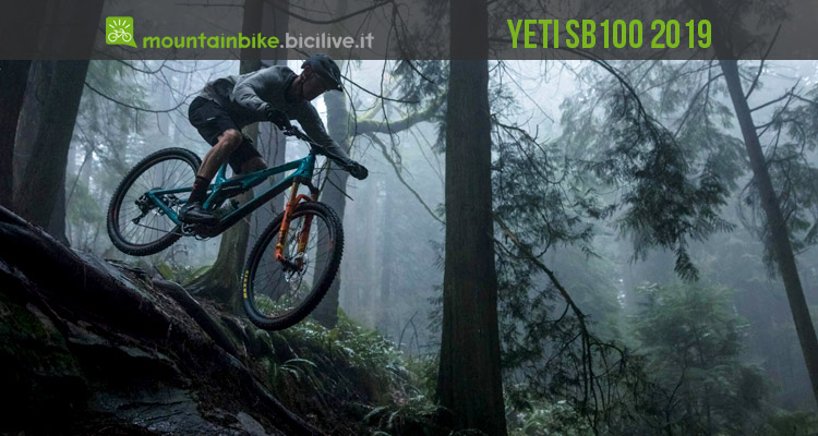 biker impegnato in un trail da XC con una Yeti SB100