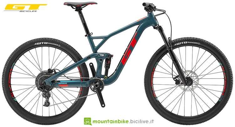 Una mountain bike GT Sensor AL Sport