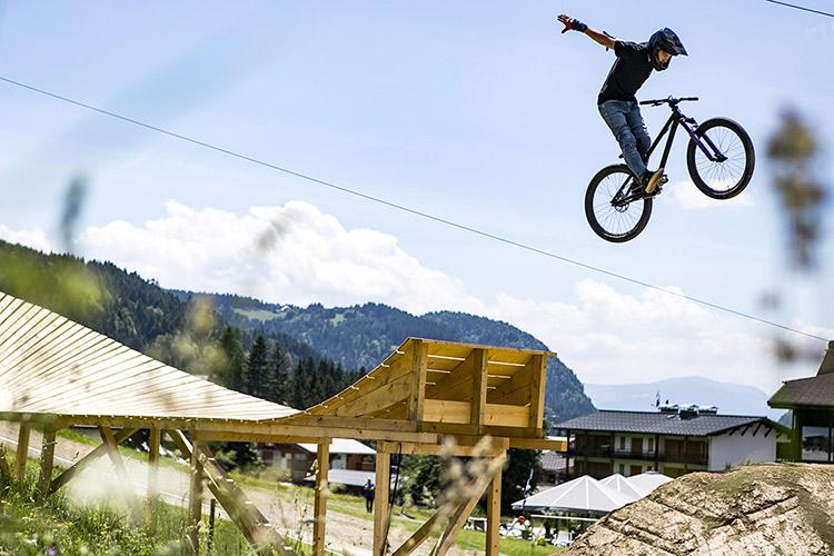 """Diego in un """"suicide no hander"""". Foto: Richkphotography"""
