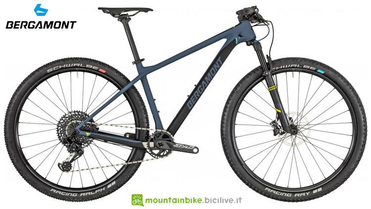 Una mountain bike front Bergamont Revox Ultra anno 2019