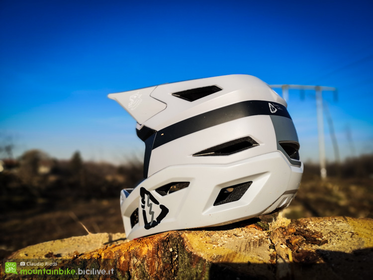 foto del casco mtb leatt dbx 4.0