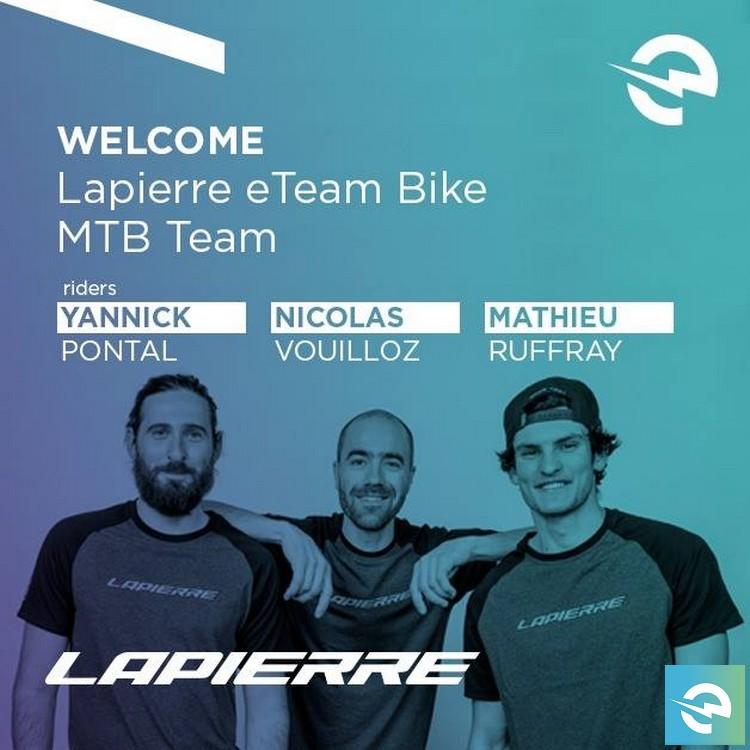 Foto di gruppo del Lapierre eTeam Bike MTB